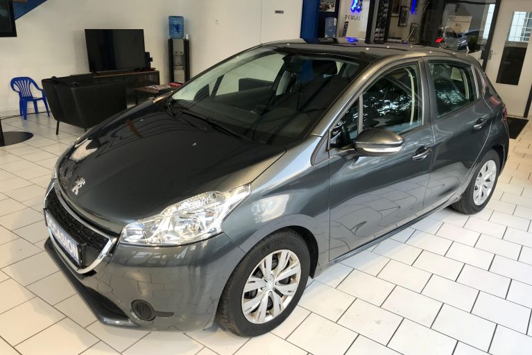 Peugeot 208 Active 1.6 e-hdi 92 ch